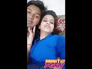 Indian Girlfriend Recording Nude Selfie With her lover