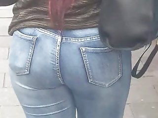 EbONY booty in blue jeans  (candid) Follow that ass