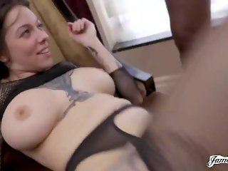 Pornstar Harlow Harrison in a home video with double penetration