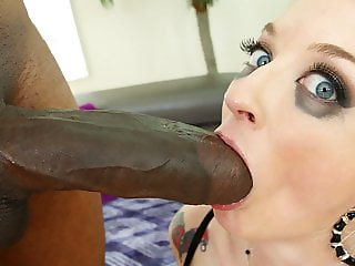 Leya Falcon loves monster cock anal sex