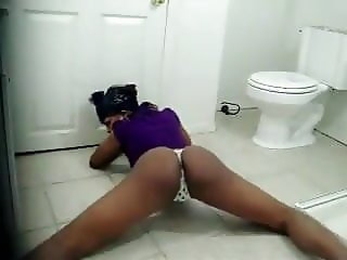 Classic Youtube Slut Twerking (2009)