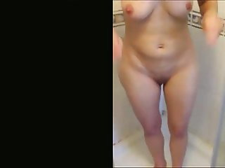 Louise 44 from uk