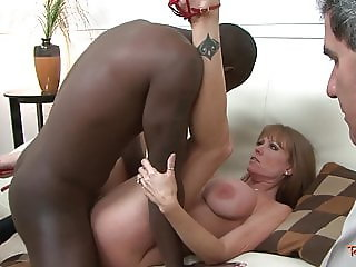 Cuckolding housewife drilled by black dong