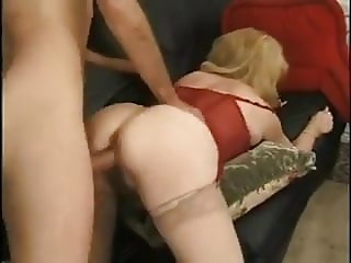 Cougar Kitty Foxx assfuck