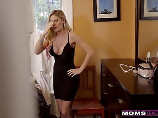 MomsTeachSex - Cumming On My Hot Moms Big Tits! S9:E4
