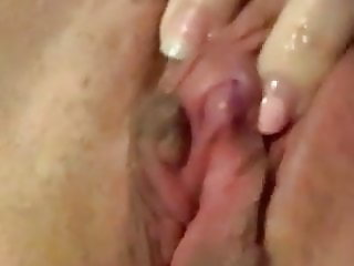 very hot clit rubbing solo orgasm contractions