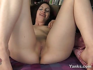 Yanks Elle Loves Anal