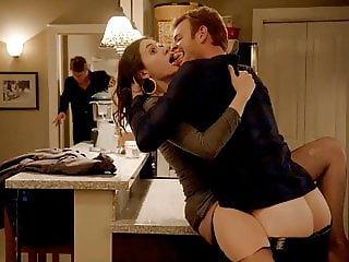 Emmy Rossum Sex On The Kitchen Counter In Shameless