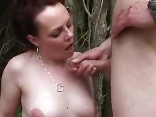 Chubby French Milf Runaway fucked outdoor by stranger