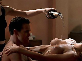 Denise Richards and Neve Campbell 3some Sex On ScandalPlanet