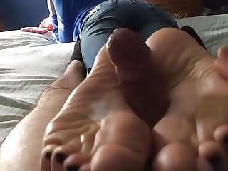 I made him cum with my feet when i got home
