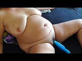 Fat granny cumming twice