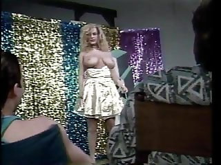 Vintage-Busty Slut wants to be a Showgirl 02-Dancing&Fucking