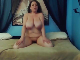 Amazing fat mommy Mariah Monroe with huge H cup boobs