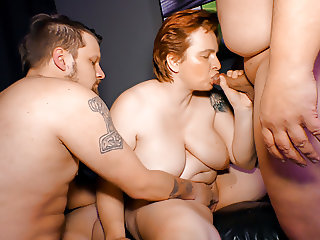 LETSDOEIT - Chunky German Mature Lady Banged in Hot Threeway