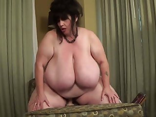 SSBBW Suzie Q Riding Dildo
