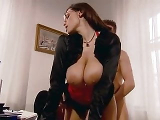 Natural Huge Boobs Secretary Tempts Her Boss To Fucked Her