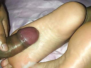 Cum on soles my friends