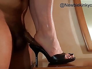 New years hotel Black mules shoejob footjob mulejob cumshot