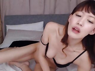 Petite Japanese Rina wants to try something new