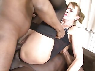 Granny interracial hardcore sex in anal and pussy fuck