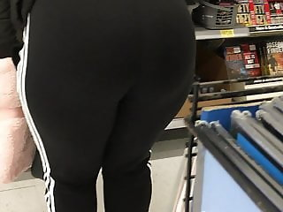 Blond milf no panties thick ass 2 of 3 (busted)