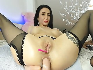 Solo anal milf