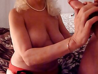 Granny neighbour get massive cumshot all over her body
