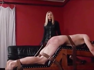 Extreme caning by sadistic women2