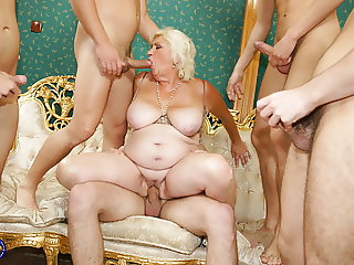 Mature slut mom fucked and covered by boys