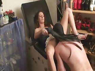 SLAVE TRAINING 101 (PUSSY LICKING)