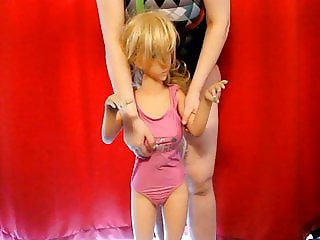 100 CM Sexdoll show their swimsuit
