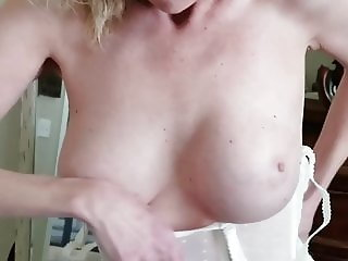 Sexy mommy boobs tits milf wife swinger