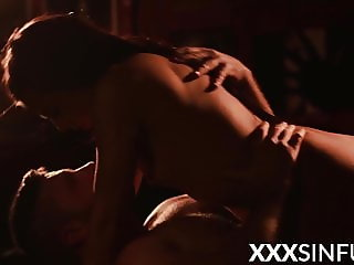 Erotic sex session in complete darkness with gorgeous chick