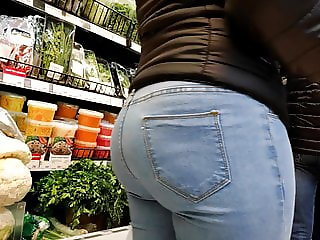 Juicy ass girl in very tight jeans