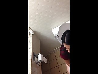Desi girl trying to makea peeing video of herself