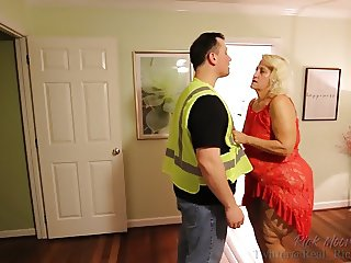 GILF Amber Connors Gets it On with Young Worker
