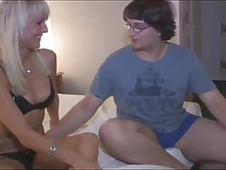Fat Nerd in Glasses Trying To Fuck His First MILF