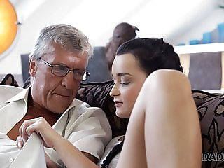 DADDY4K. Dad of nerdy guy can satisfy sex needs of his girlf