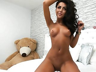 Awesome brunette chaturbate girl