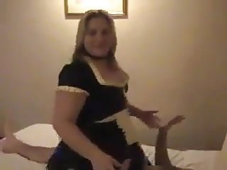 Chubby Maid in Latex riding dick in Hotelroom