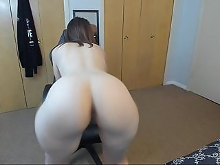 Big ass twerking