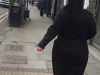 Muslim Milf Ass Hijab Whore Jiggling ass