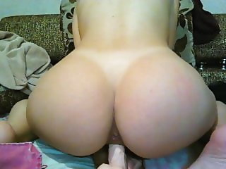 BEST ASS EU catched on cam with toy - Extra THICC!