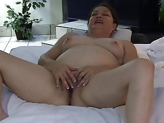Lynda The Texas Whore Masturbates In Front Of Her Client