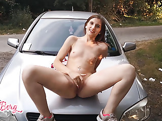 CUTE TEEN CAUGHT BY NUDE JOGGING AND GETS FUCKED! - EVA-BERG