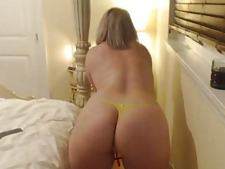 firm titted blonde milf on cam show