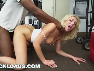 BLACK LOADS - Dense PAWG Tiffany Watson Came To This Audition To Fuck