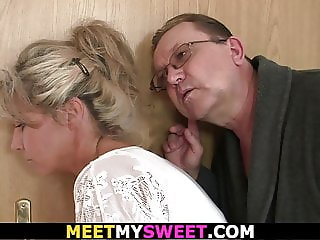 Old mom and dad tricks blonde girl into threesome