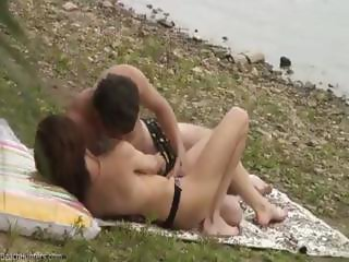 Voyeur Caught Teen Couple Fucking At The Beach